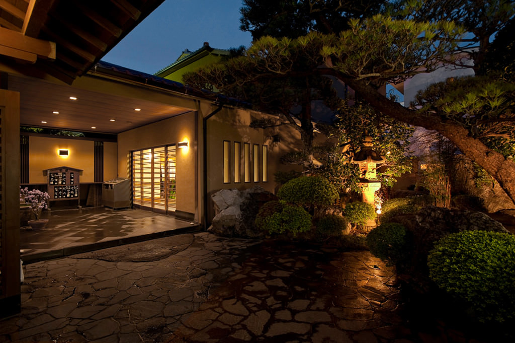 観山荘別館の外観